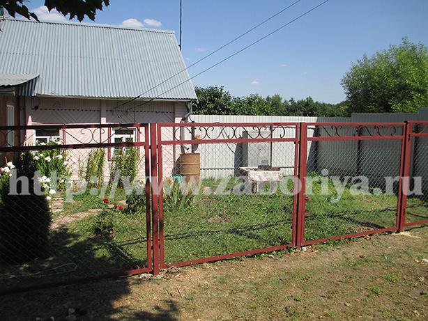 Секционные заборы из сетки рабицы с воротами