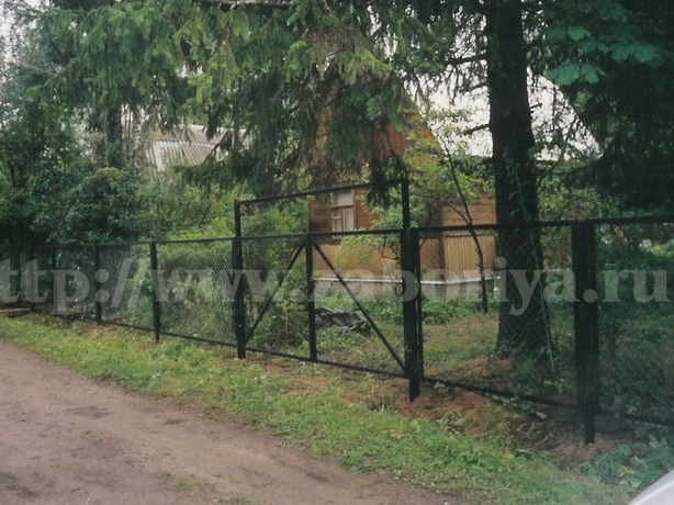 Секционные заборы из сетки-рабицы от компании Забория