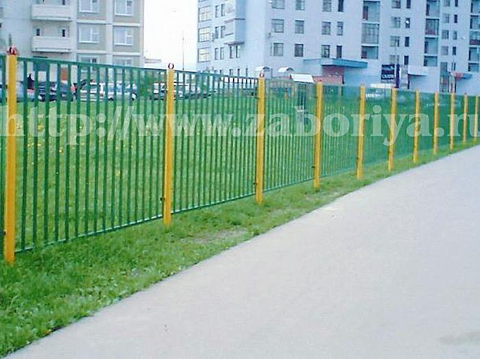 Профильные секционные заборы в Москве от Забория